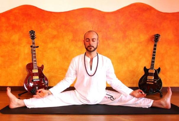 Chema Vilchez yoga