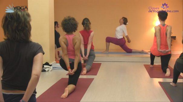 Clase de yoga online 40 variantes de saludo al sol yoga en red en yoga saber crear una base firme para mantener tu sana es fundamental te ofrecemos esta clase de mayte criado especial para enraizar bien las posturas m4hsunfo